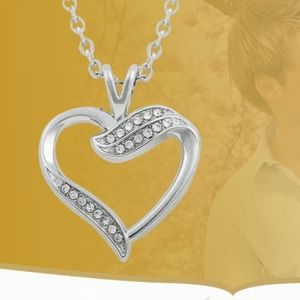 Jewelry - Austrian Crystal Love Heart Pendant Necklace